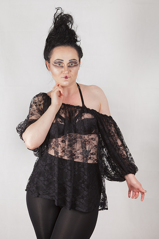 oversize gothic lace blouse, witch, strega